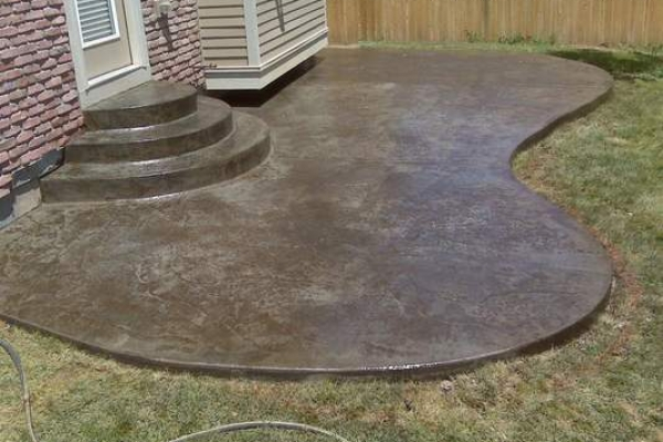 rounded-patio-and-rounded-stepsBEB87C2D-3B06-4141-E1F5-A4FD6DE82F81.jpg
